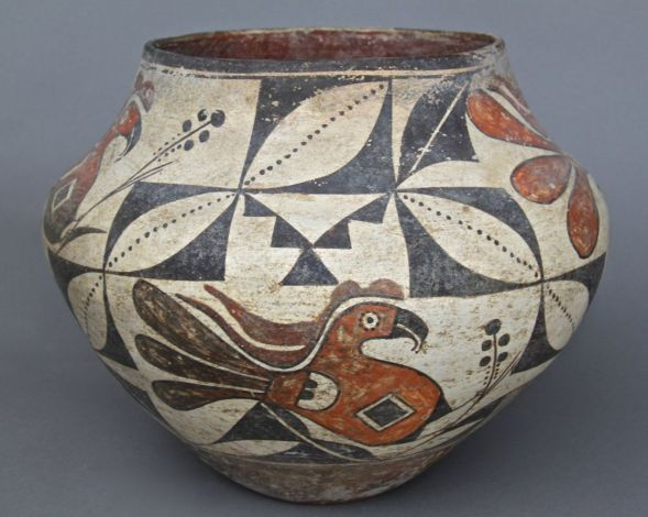 figure 1. specimen of Native American pottery